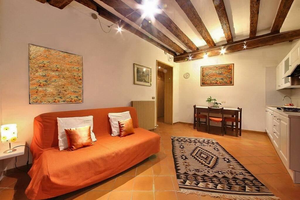 Appartement confortable dans la zone de san marco for Appartement san marco design venise