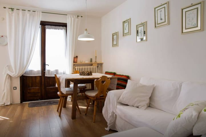 Cozy Design Apartment between San Vito & Cortina