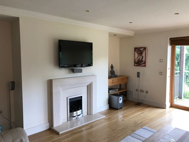 Parkland Pad 20mins from City Centre