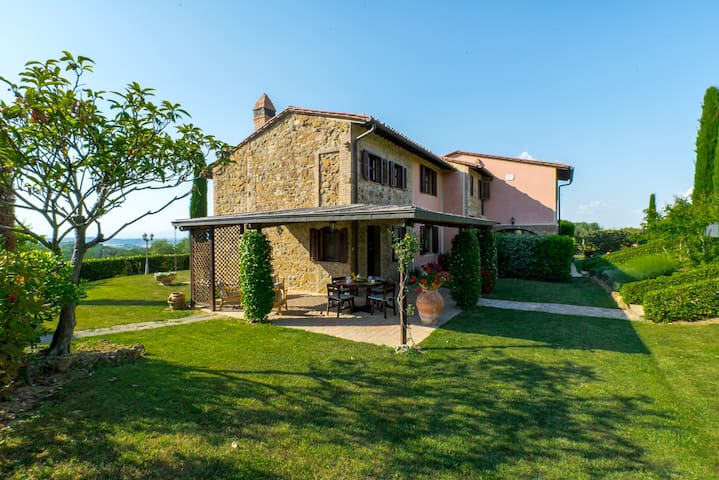 Agriturism in the heart of Tuscany