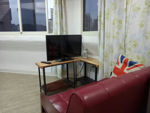 9 Bear's Home near ZhongShan MRT cozy studio