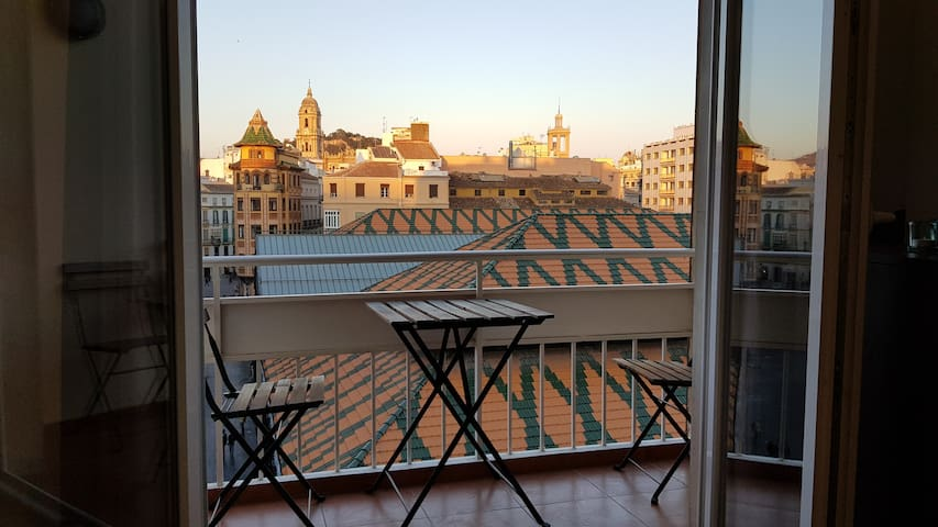 AMAZING APARTMENT WITH BALCONY, BEAUTIFUL VIEWS