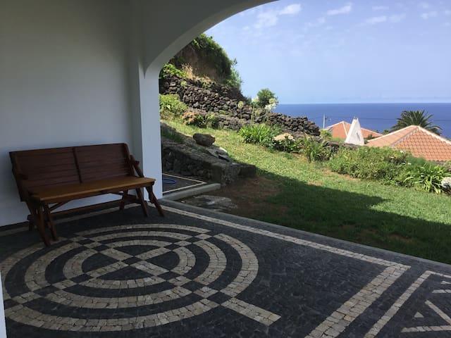 Bohemian dream view - Altares - House