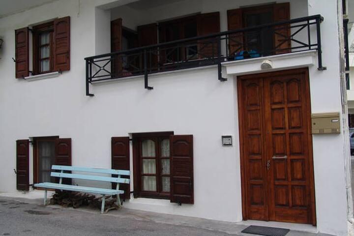 Apartment 80 sq.m on Naxos Town - Naxos - Apartemen