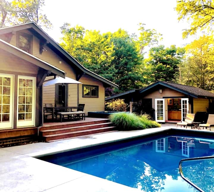 Saugatuck Home, steps from downtown!