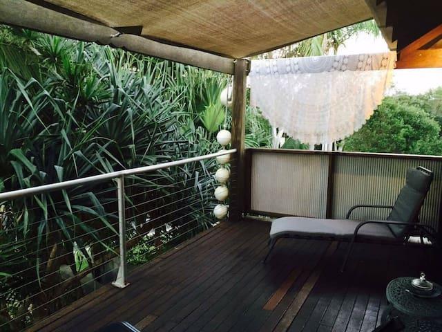 Angourie Beach Hut - Angourie - Villa