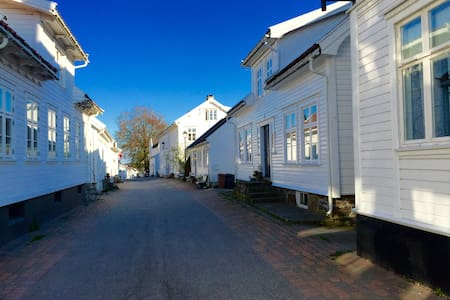 Nice and cosy apartment in summer paradise - Lillesand - Apartament