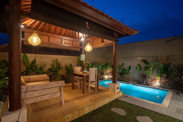 Tunjung Putih Villa Suite 1 with Private Pool