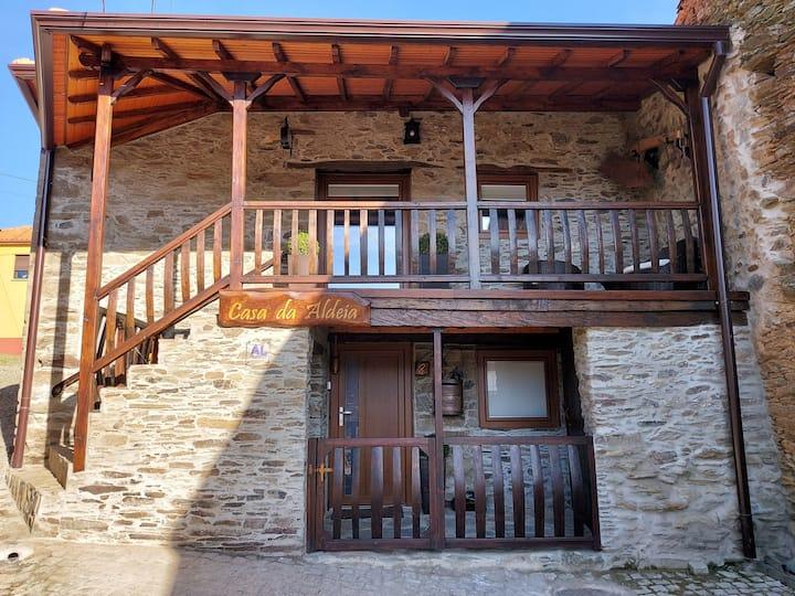 A Casa da Aldeia # Azibo