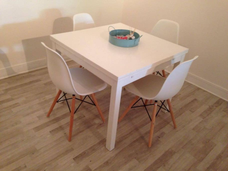 dining, extendable table