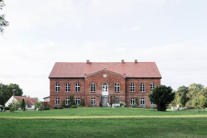 Kranich Museum & Hotel in Hessenburg, Apartment 10