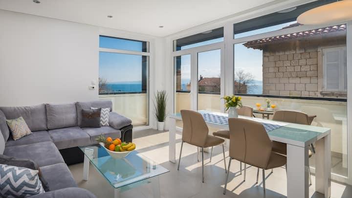 VILLA MULLER -Superior Apartment with Hot Tub- 3