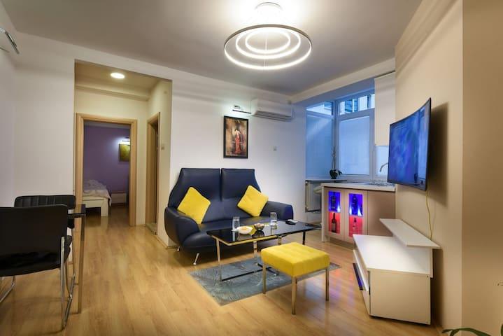 Skopje Deluxe Apartments-near mother Teresa museum