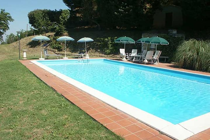 Tartagli Alti, villa with pool near Paciano Umbria - Paciano - Villa