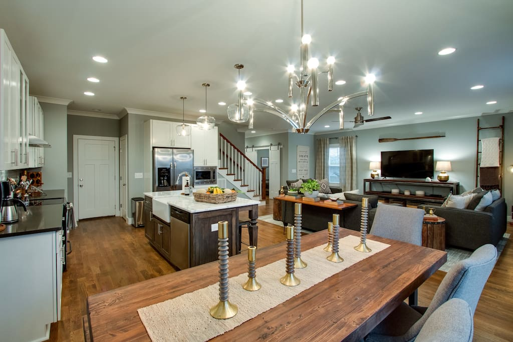 Whip up a gourmet meal in the kitchen and enjoy in the dining area.