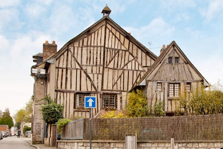 Fairy House - Louviers - Huis