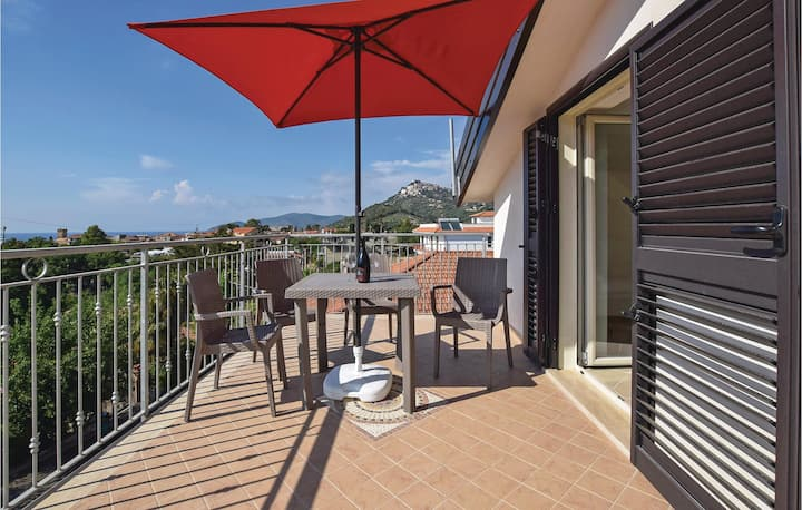 Beautiful home in S.M. di Castellabate with WiFi and 2 Bedrooms
