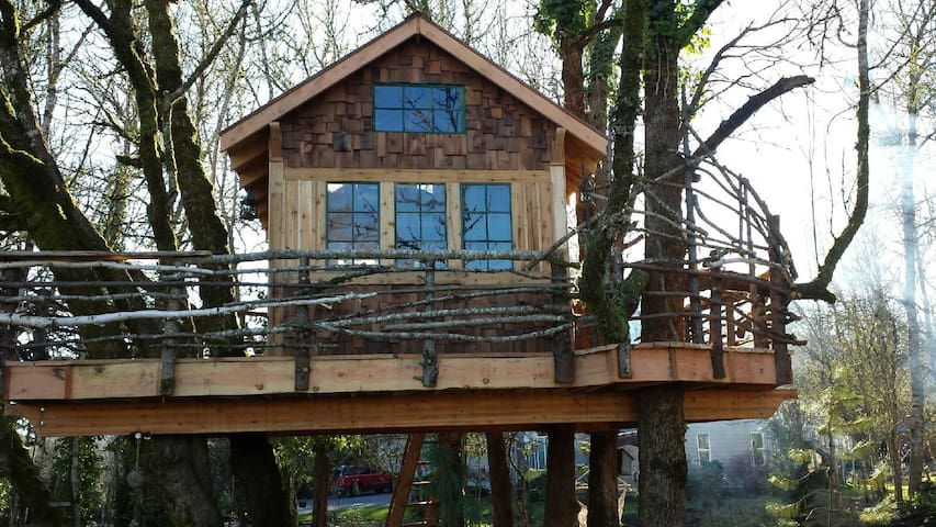 10 Best Treehouse Hotels Vacation Rentals In Oregon Usa Trip101