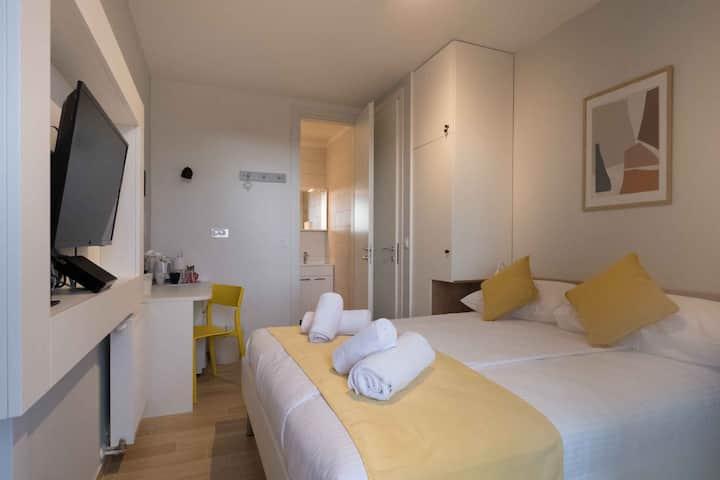 Roomies - Economy 2 soba s privatnom kupaonicom