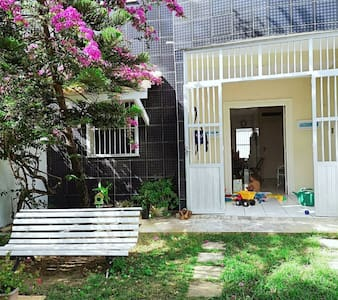 Paraíso na Tabuba, apenas 4 quarteirões da praia.