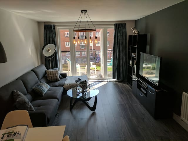 Double bedroom in the heart of Kingston! - Kingston upon Thames - Apartment