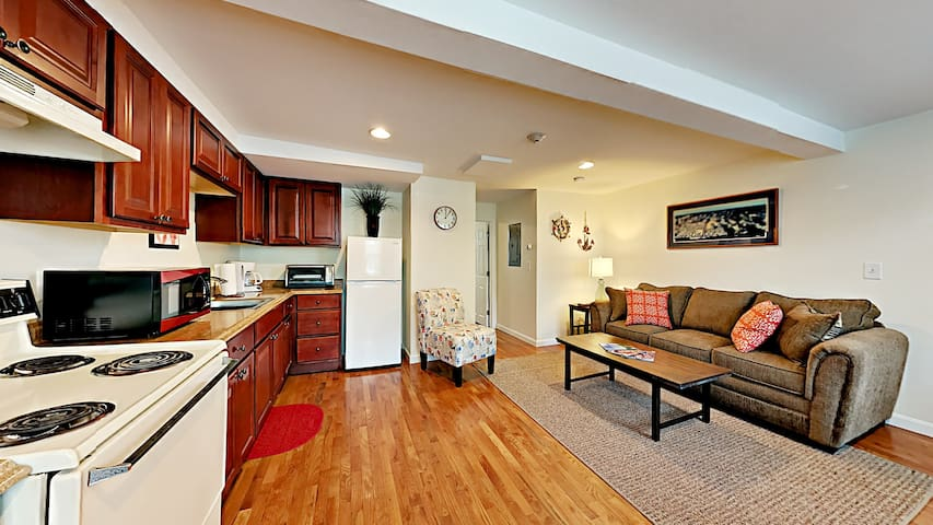 Just Listed!  New Apartment in Prime Location!