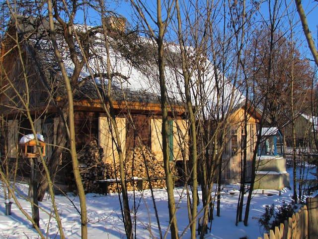"Traditional house ""Stacja Moczary"""