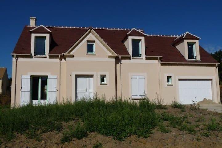 Maison récente - Luzarches - Ev