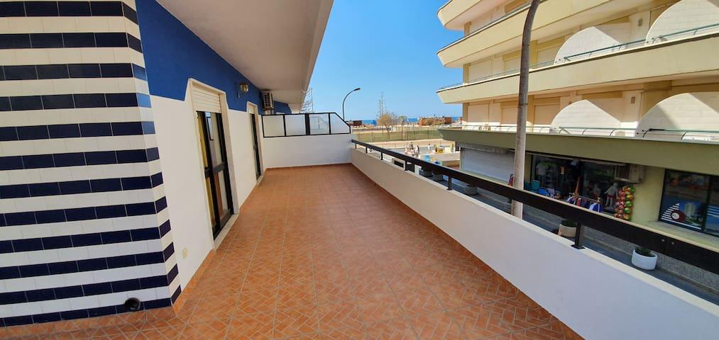 ☀️ Apartamento Mar Azul ☀️ T2 na primeira linha de Monte Gordo☀️