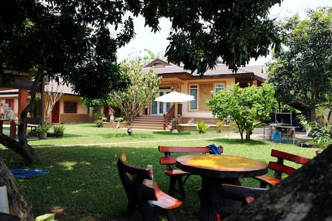 Itsaris Guest House, quality cool home