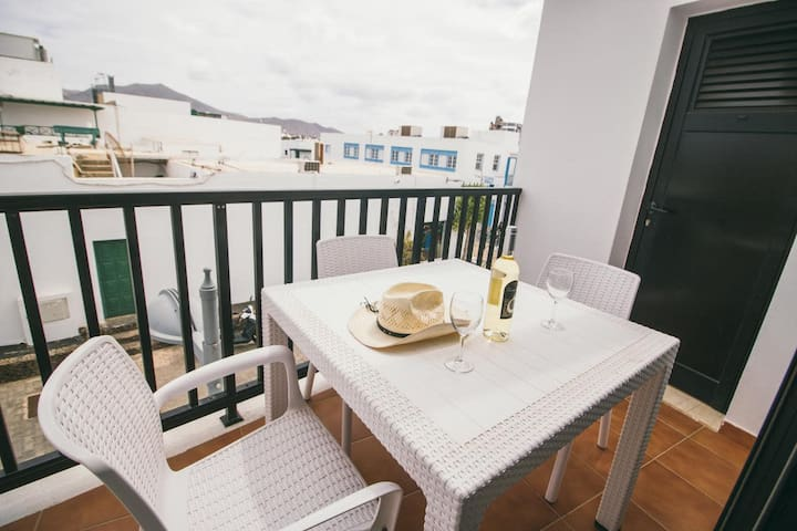 Comfortable apartment in central Playa Blanca with balcony - Sara N° 3