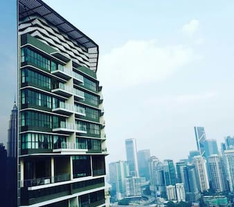 Setia Sky Residences is just within a 1.5km from from KLCC and Free shuttle to KLCC provided. The unit is facing KLCC and KL. This is a studio unit with separate walls for bedroom but you are getting the whole house!