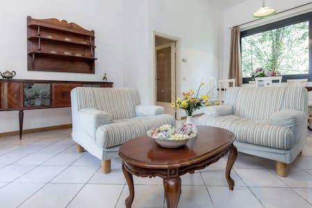 """apartment """"BOSCHETTO 1"""" pool, free Wi-fi, Florence"""