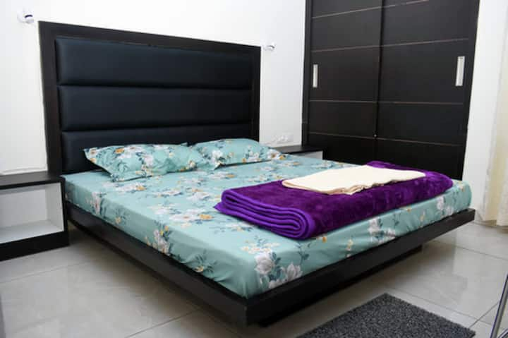 Vaid's Villa - Room No. 4