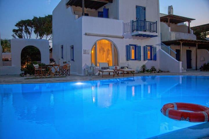 'ANTHEMIS' House in Ornos Beach, Mykonos Island