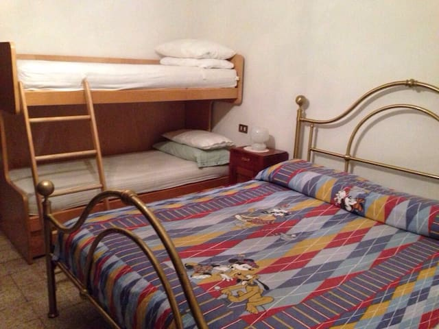 Cozy apartment in Montecreto