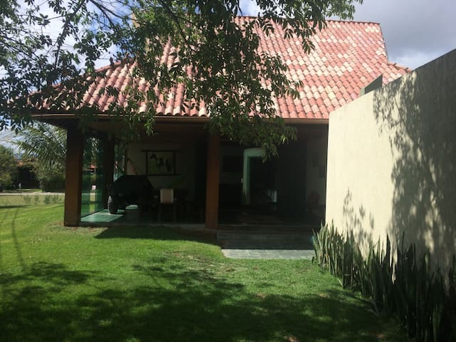 Casa em Gravata condomínio Vereda da Serra