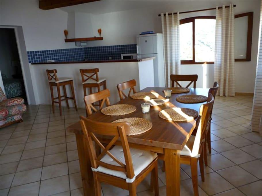 pièce principale cuisine/salle à manger