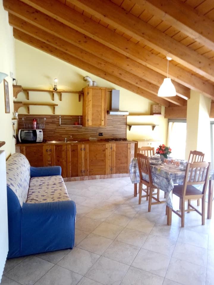 Wohnung mit einem Schlafzimmer in Angolo Terme mit toller Aussicht auf die Berge - 20 km vom Skigebiet entfernt