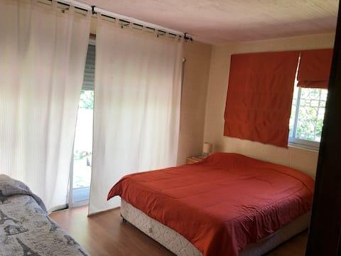 Gran habitación Vitacura 2 camas - 3 personas