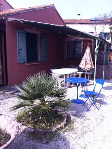 T2 indépendant climatisé avec jardinet pour 3 - Le Beausset - Ev