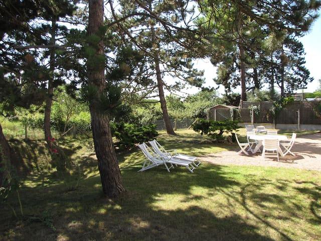 Maison familiale à 2 minutes à pied de la plage - Merville-Franceville-Plage