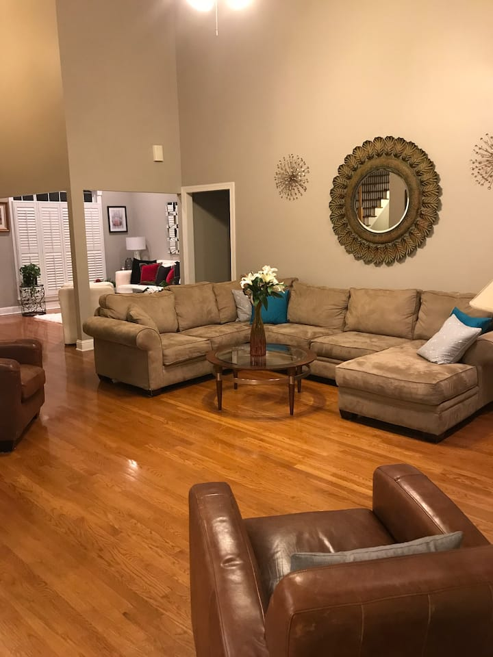 Nashville/Brentwood extended stay required to rent