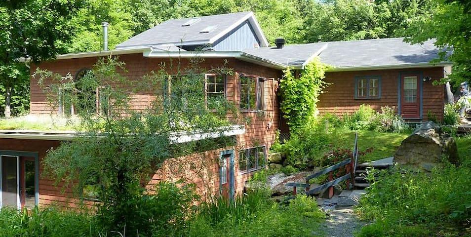 Maison dans la nature - Foster