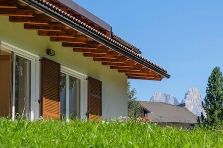 Dolomiti, Bellamonte, Val di Fiemme - Bellamonte