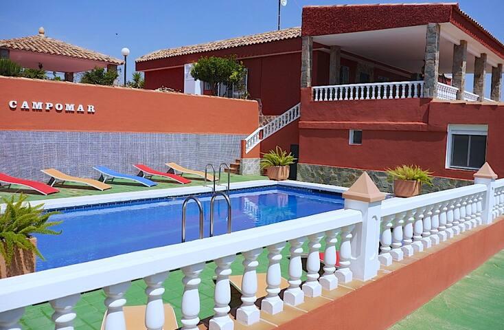 """""""Villa Campomar"""" cerca Playas de Alicante"""