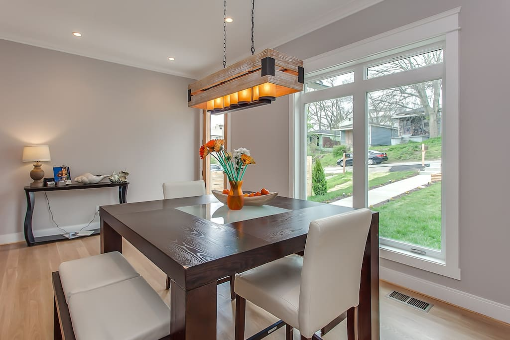 Dining room-has larger table for eight