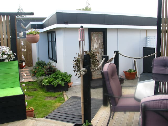 Foxton Beach -  Amazing Cabin hide away - Love It - Foxton Beach - Cabana