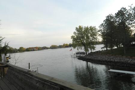 Richmond Lake Getaway