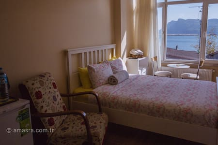 Amasra Sea & Forest view Studio Flat by the Beach
